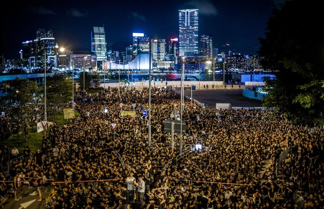 Photo courtesy of http://interoccupy.net/blog/occupy-central-protests-in-hong-kong-livestream-and-updates/